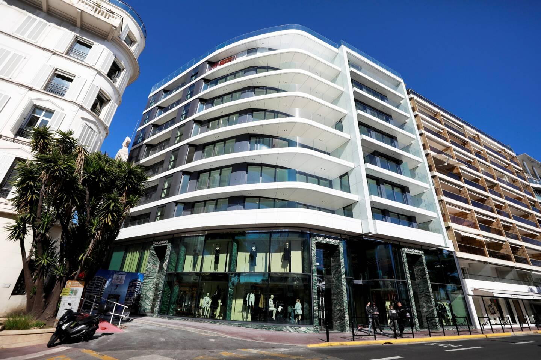 L'immeuble First Croisette, à Cannes, où Dolce Gabbana s'est déjà installé.