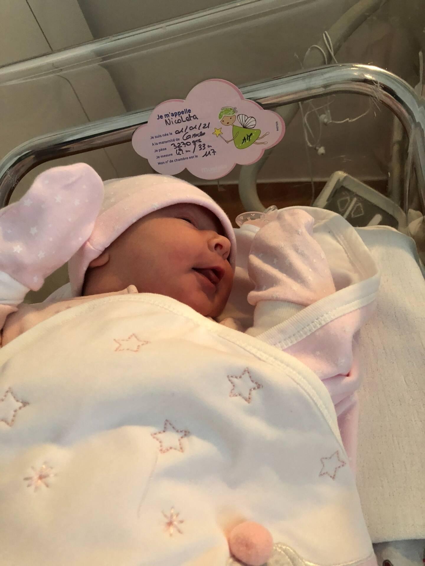 Nicoleta, 3,270 kilos est née vers 2h30 à Cannes.