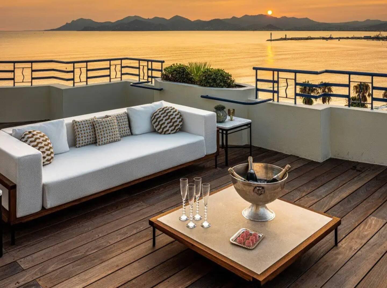Du rêve en image publié sur Instagram... Le Martinez vient de passer un cap décisif. Il est désormais le seul hôtel de luxe français encore en lice dans ce concours très en vogue sur les réseaux sociaux.