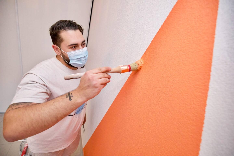 A peine 23 ans, mais Jordan Philibert a déjà neuf ans d'expérience dans la peinture en bâtiment et il vient de se lancer à son compte.
