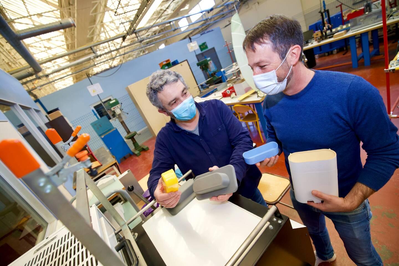 Eddie Gaignaire des Arcs-sur-Argens est l'inventeur et créateur de Vuböks, un distributeur de lentilles de contact journalières.