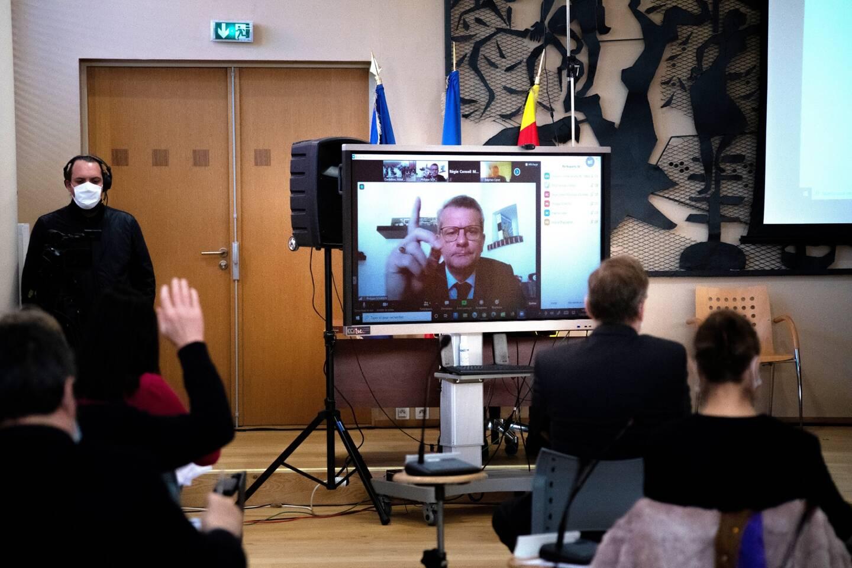 Philippe Schreck était présent par visioconférence au conseil municipal de Draguignan.