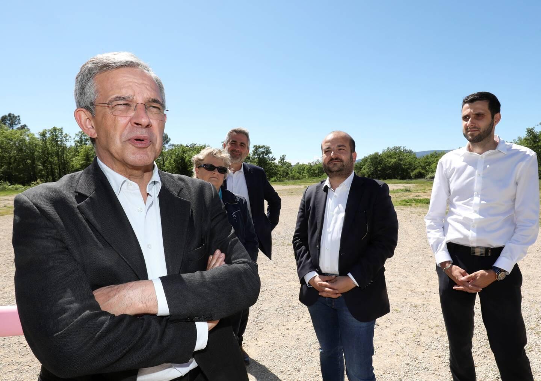 Thierry Mariani a été convié sur ce site par les candidats locaux du Rassemblement national.