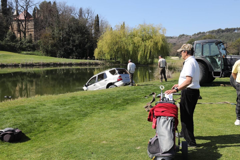 Les golfeurs ont tout tenté pour venir en aide à la victime