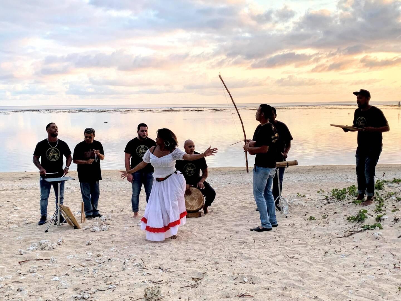 Un groupe folklorique de Maloya