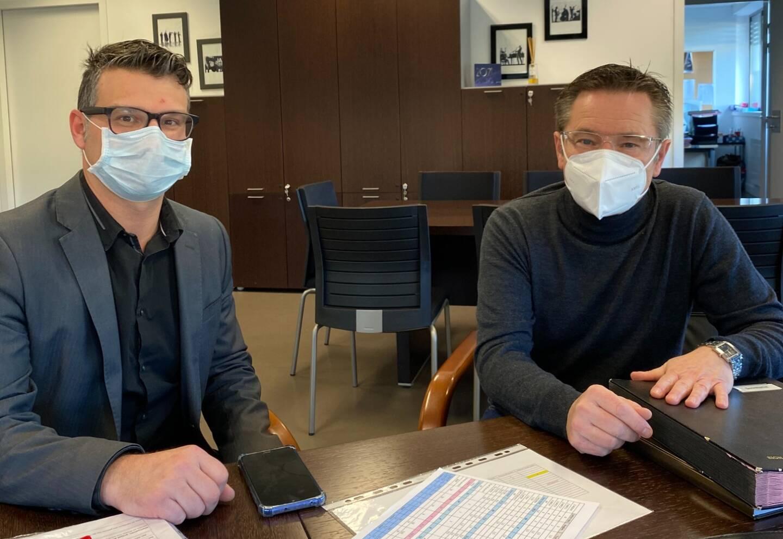 Le proviseur Patrick Morelle (à droite) au côté de son directeur délégué aux formations professionnelles et technologiques, Cyril Thalier.