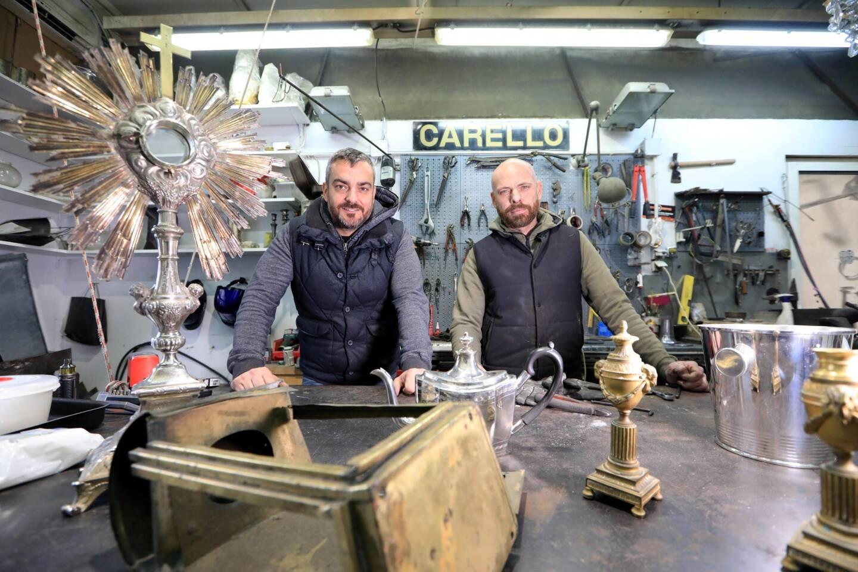 Romain et Philippe Carello font aujourd'hui tourner la boutique créée en 1930 à Nice.