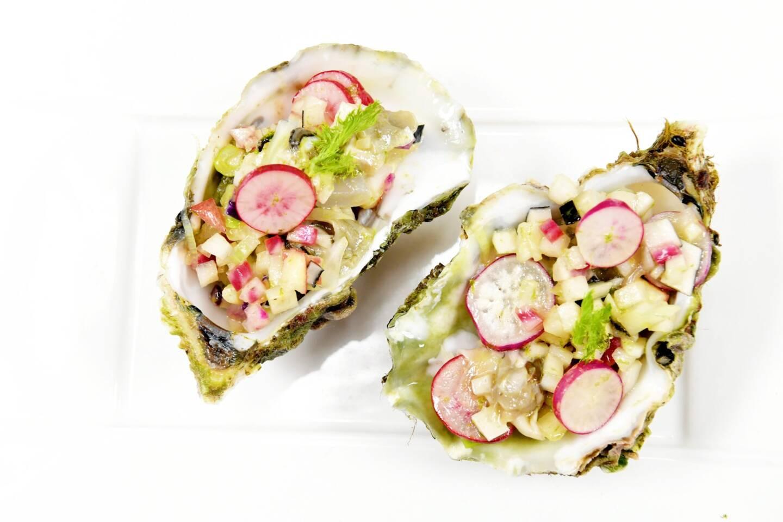 Les huîtres Giol en brunoise de légumes croquants