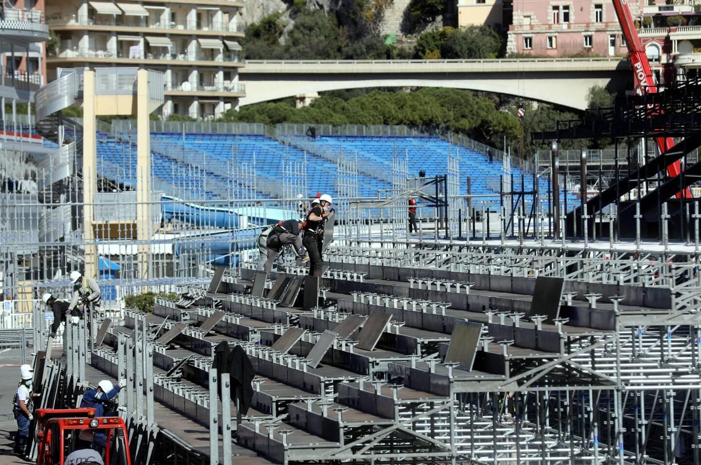 Des tribunes sur-mesure adaptées au terrain monégasque.
