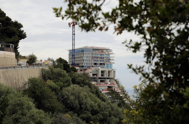 Le palace a changé de nom : il devient The Maybourne Riviera.