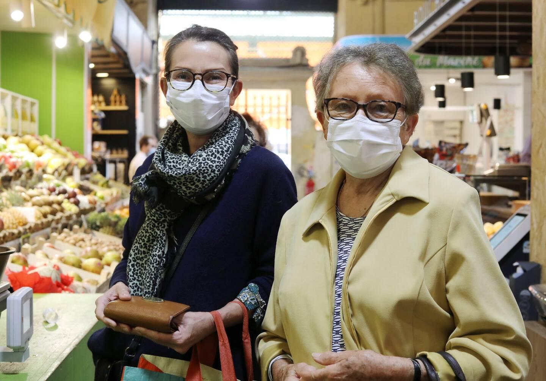 Corinne et Paulette, clientes flâneuses.