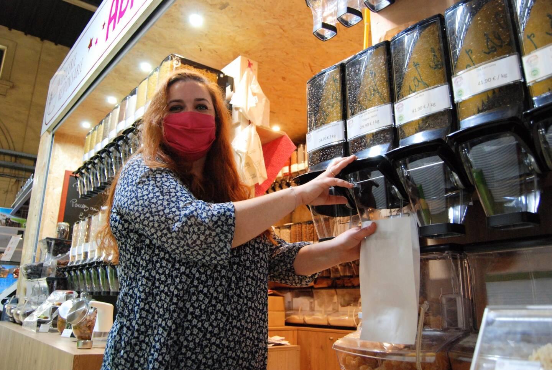 Au marché des Halles, Fanny propose plus de 150 références de produits.