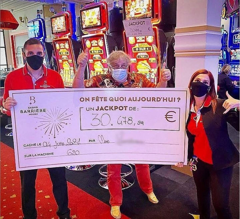 Deux touristes ont raflé le jackpot dans la même journée au casino Barrière de Menton.