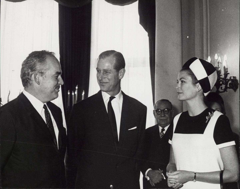 En 1966, le prince Philip était l'hôte de Rainier et Grace.