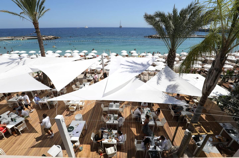 La plage privée la Note Bleue rouvrira vendredi au matin avec, dès 21h une soirée spéciale avec la jeune artiste Hyleen.
