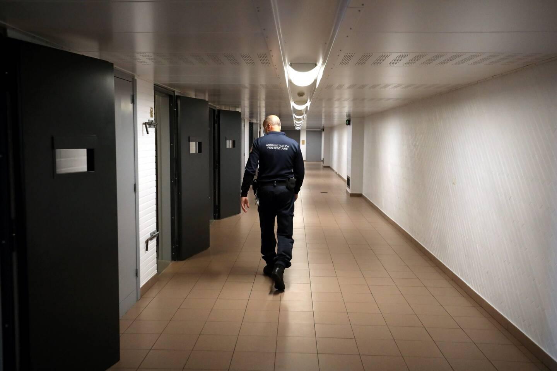 """""""C'est une prison qui est sous terre et qui est donc difficile à vivre pour les détenus comme pour les surveillants."""""""