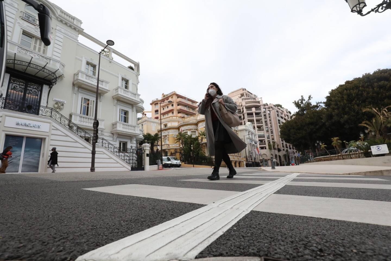 Les premiers passages piétons ont été équipés à Monte-Carlo, comme ici avenue de la Costa.