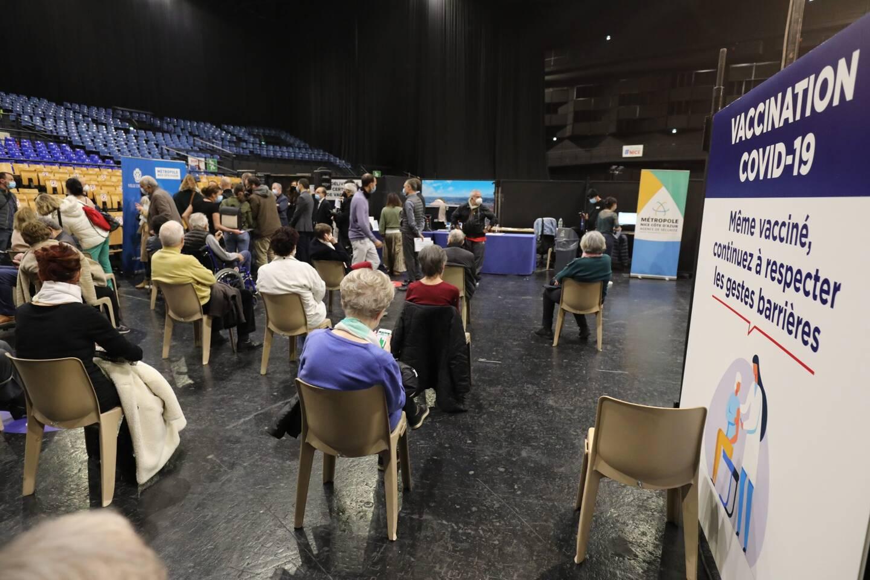 un cinquième vaccinodrome va ouvrir, en plus des quatre centres de vaccination déjà opérationnels à Nice: rue Hancy, théâtre de Verdure, Nikaïa et palais des expos.