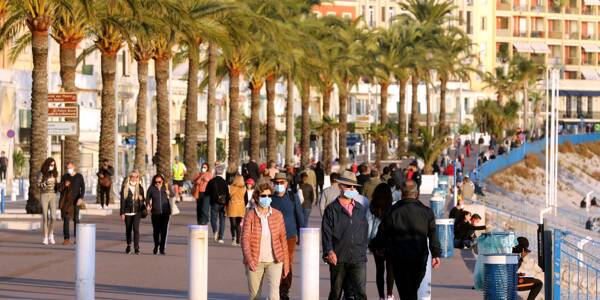 Le quai des Etats-Unis à Nice.
