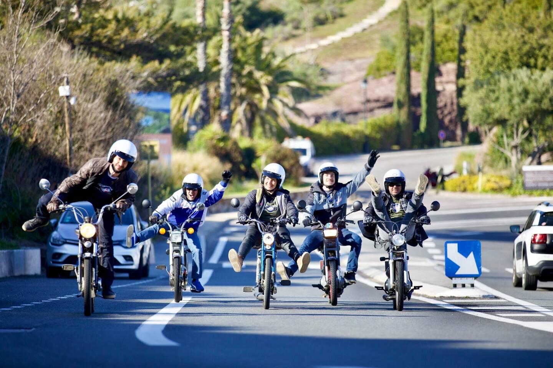 Vive les vieux cyclos sur les routes de Saint-Raphaël.