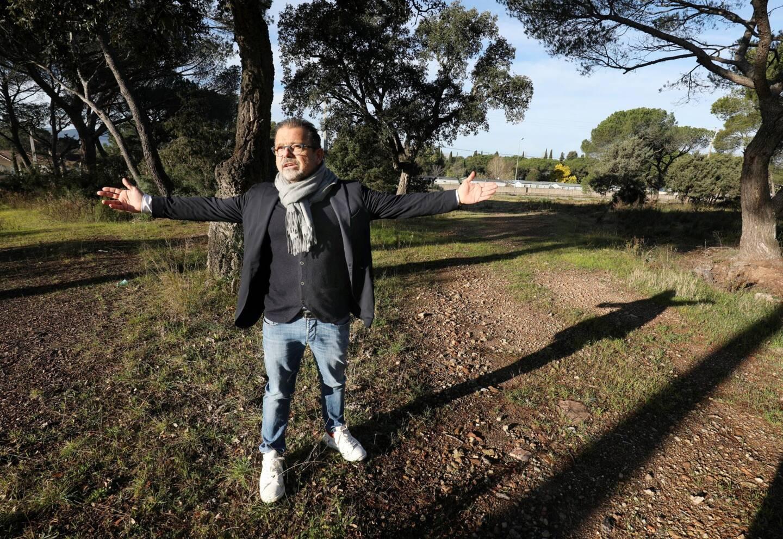 Pour le président de l'Étoile FC, Alexandre Barbero, une agglomération de 150000 habitants doit désormais avoir un stade de football digne de ce nom.