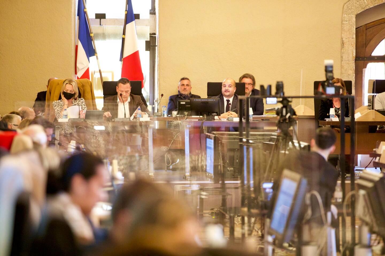 Il a été souvent question de communauté d'agglomération, et de la place de Fréjus dans celle-ci, lors du conseil municipal de mardi.