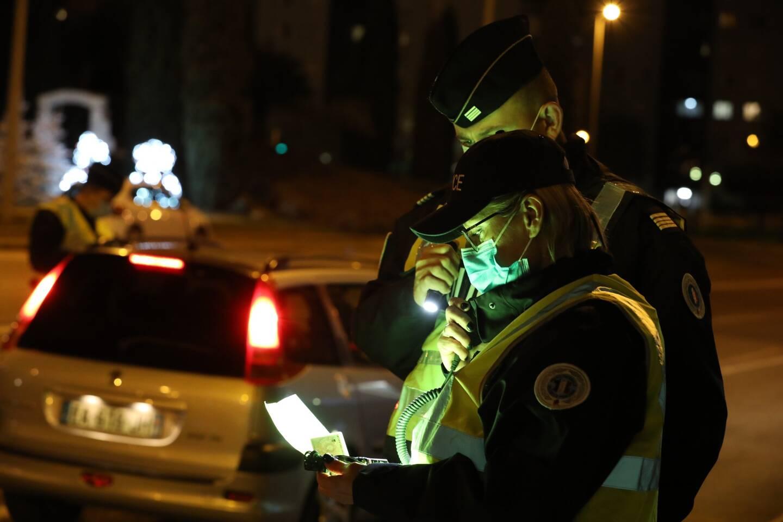 Un contrôle du respect du couvre-feu à Toulon (image d'illsutration)