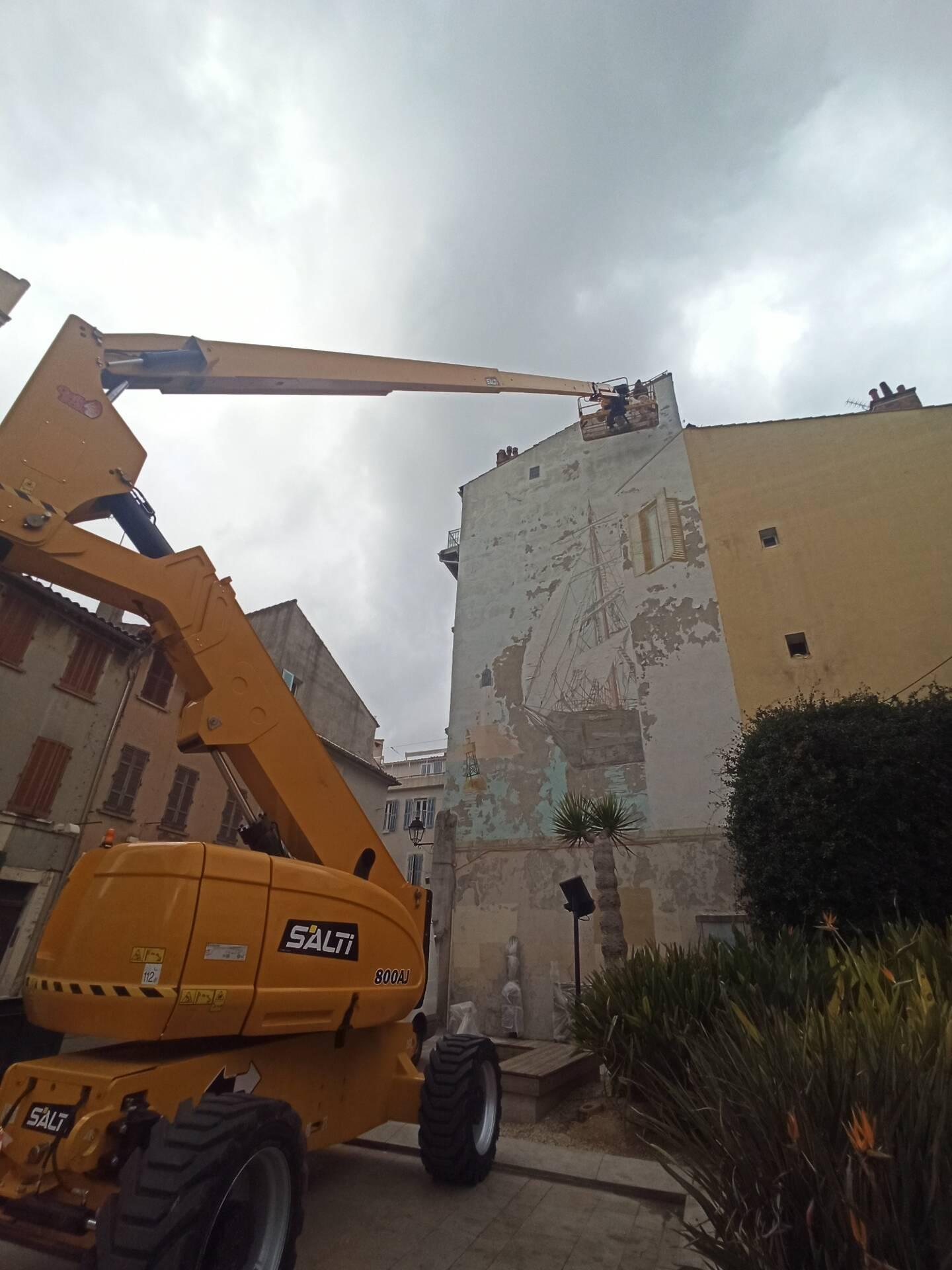Bientôt un nouveau graff place Perrin, à La Seyne-sur-Mer.