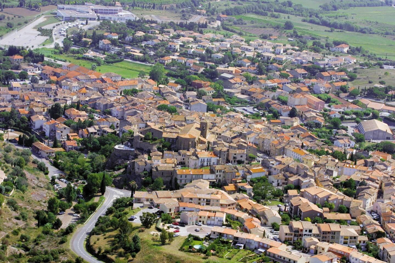 La commune de Roquebrune-sur-Argens.