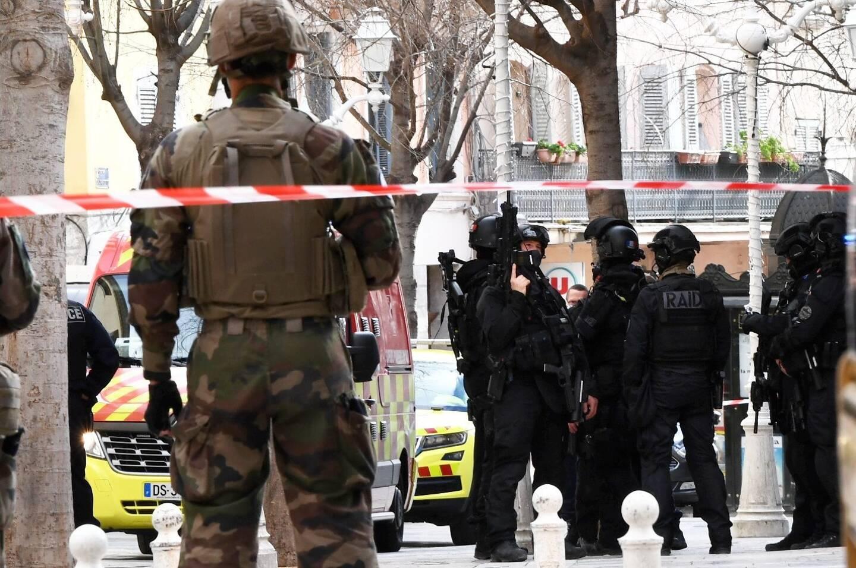 Le Raid est intervenu lundi après-midi pour déloger le suspect.