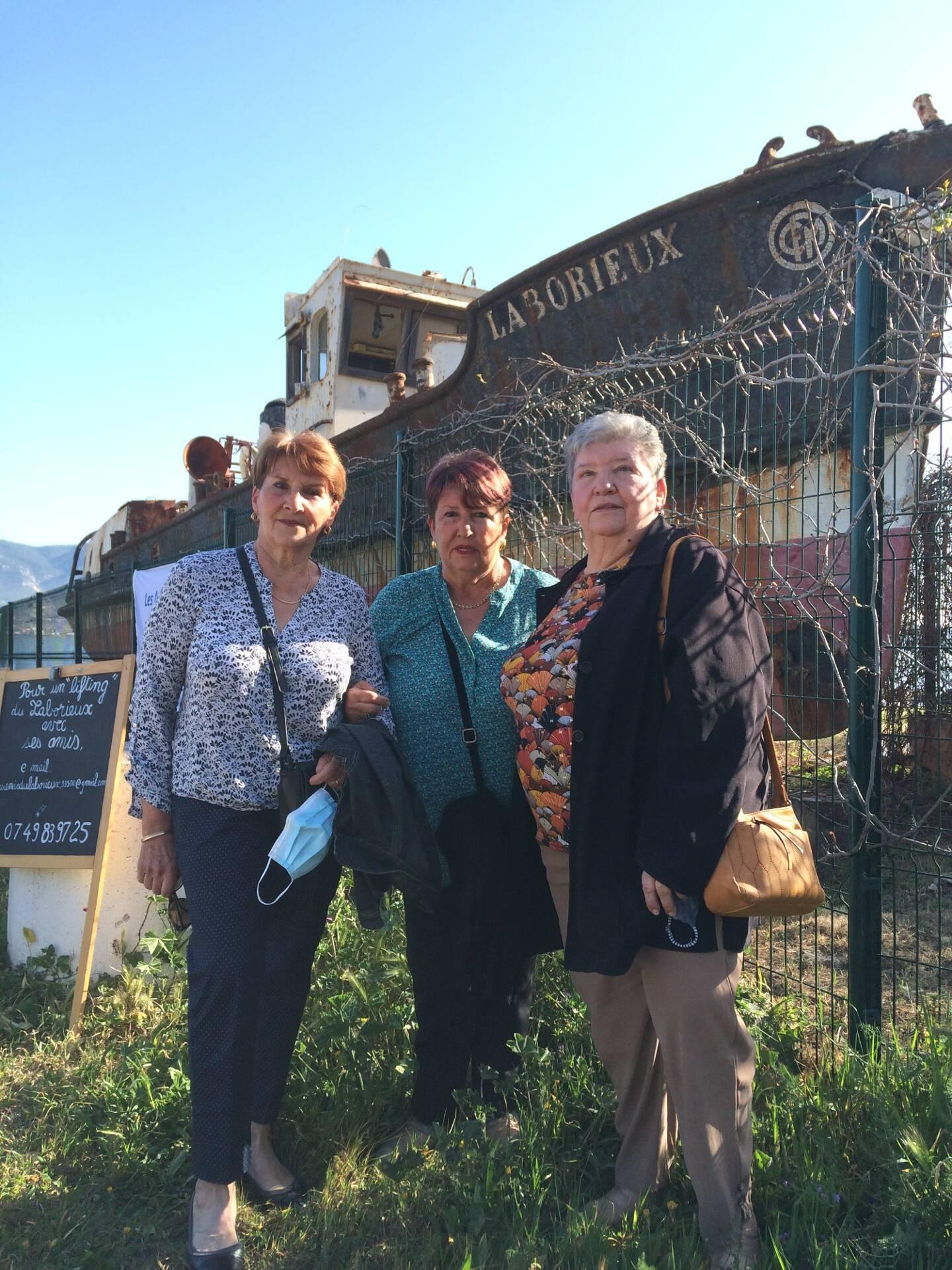 Yvonne, Jacqueline et Rosette, les trois filles de l'ex-capitaine du Laborieux.