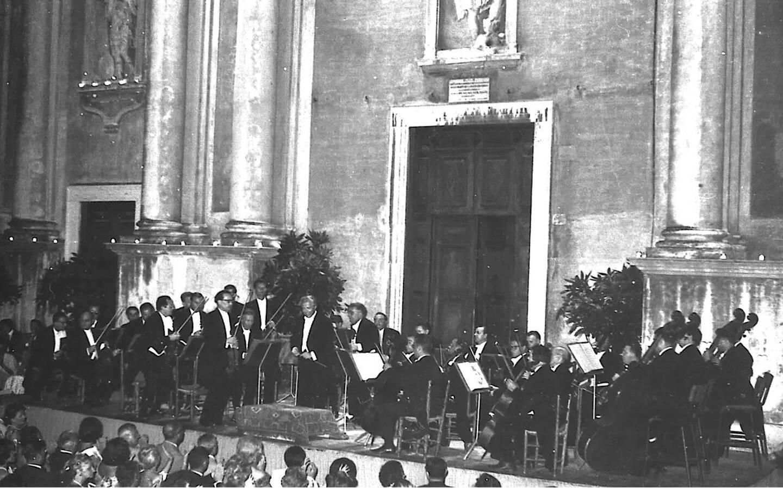 En 1950, Menton accueillait l'Orchestre de Stuttgart, le premier du Festival de musique.