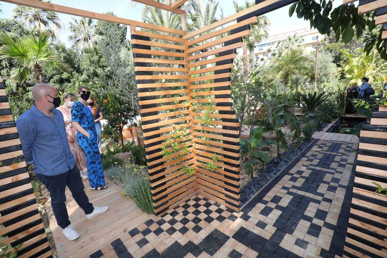 Pause et inspiration dans ce jardin d'Orient.