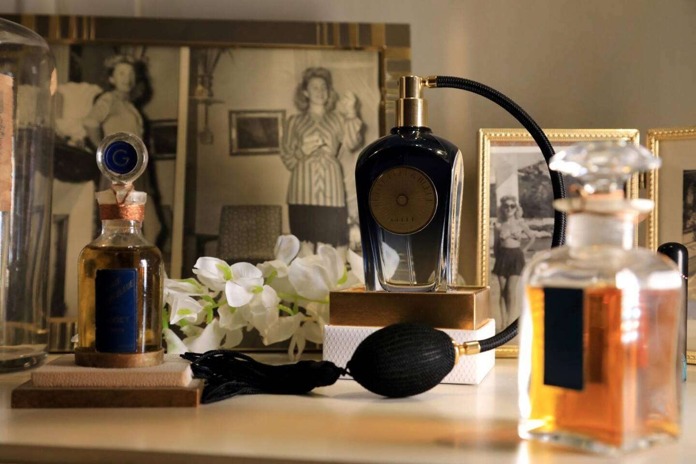 Sonia Godet a retrouvé un vieux flacon de parfum, en cristal de Baccarat, dans le grenier familial. Une révélation. Et le début d'une belle aventure pour cette parfumeuse qui a le goût de la transmission.