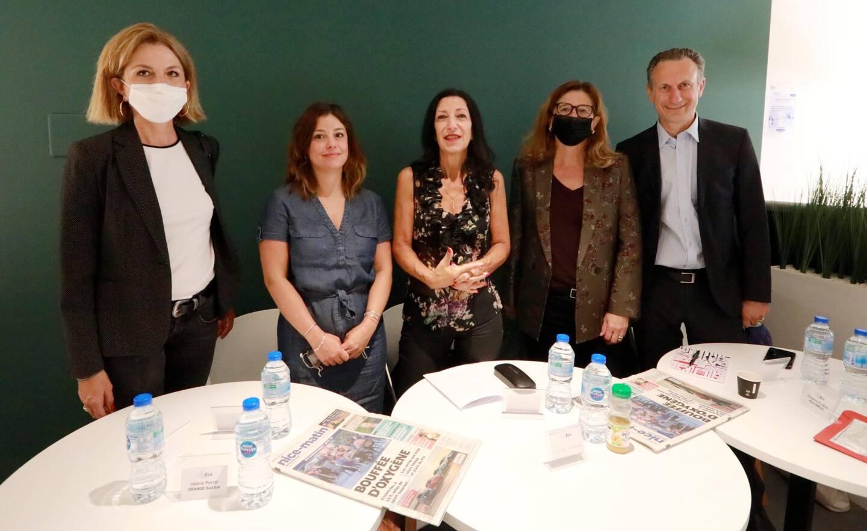 Valérie Perotti, Clio Julien, Odile Menozzi, Ghislaine Ellena et Laurent Gabert.