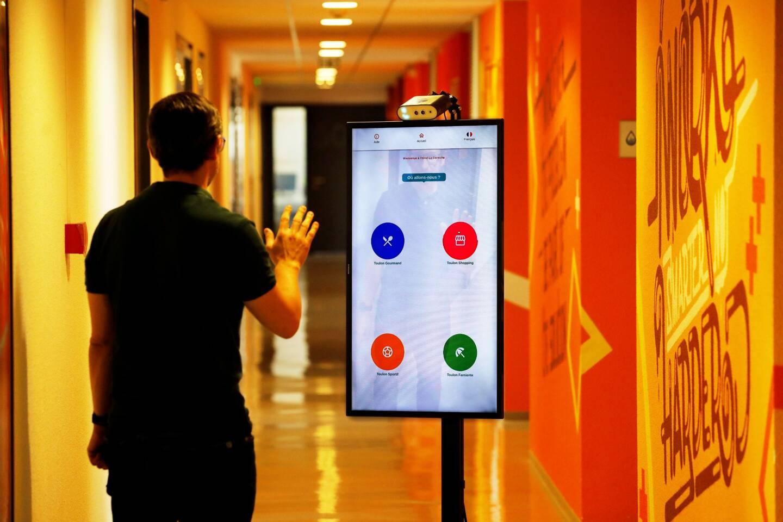 La borne sans contact Mootion est facile à utiliser, sans connexion, moins énergivore et à un prix abordable.
