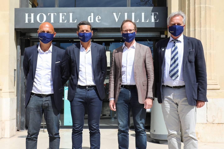 Michael Jaïs (pdg de Launchmetrics), David Lisnard (maire de Cannes), Eric Garandeau (directeur des politiques publiques et des relations gouvernementales pour TikTok France) et Jeanick Brisswalter (président de l'Université Côte d'Azur) s'unissent autour d'une nouvelle filière. Une association de luxe !