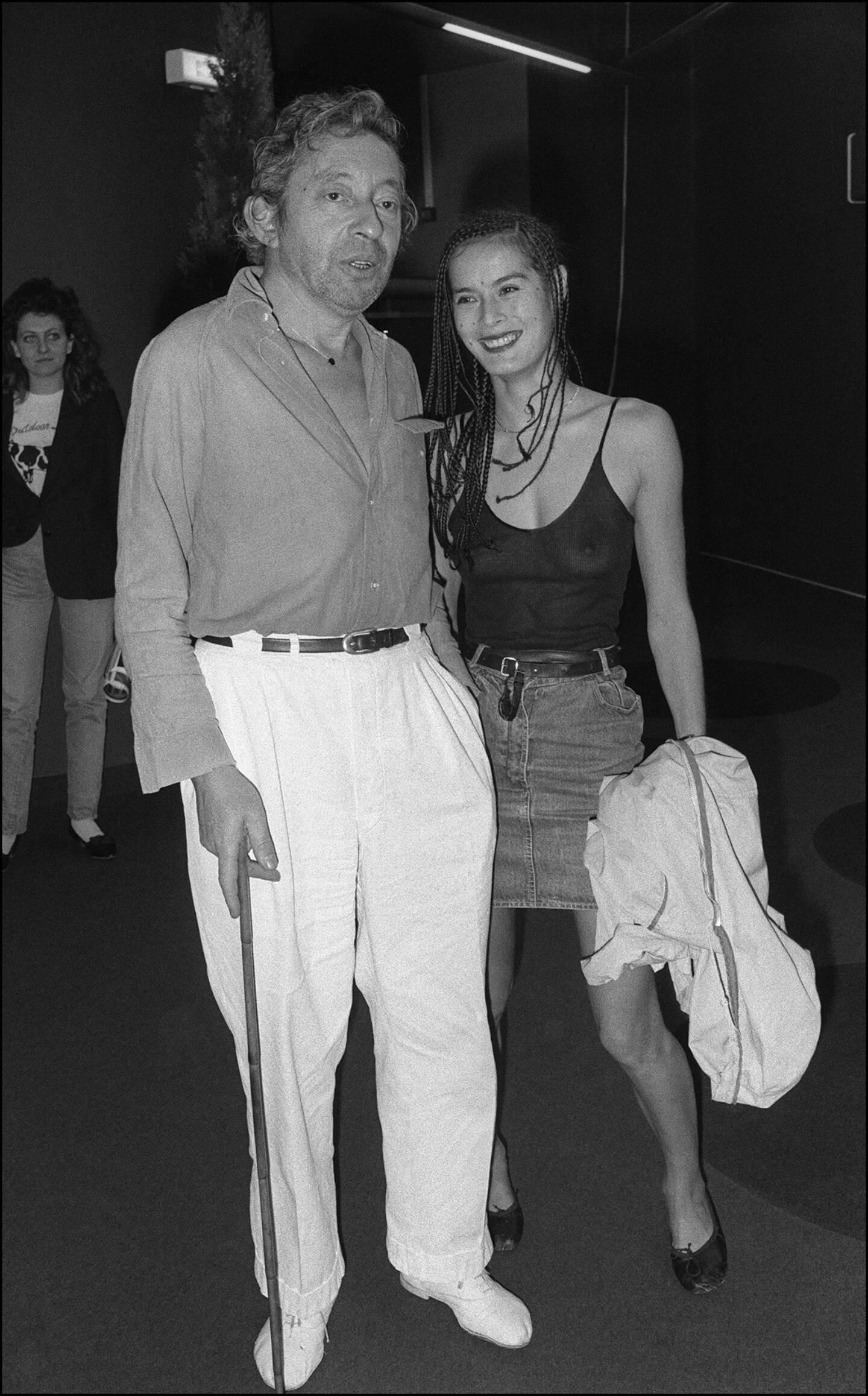 Serge Gainsbourg et Bambou au Festival de Cannes, en 1983.