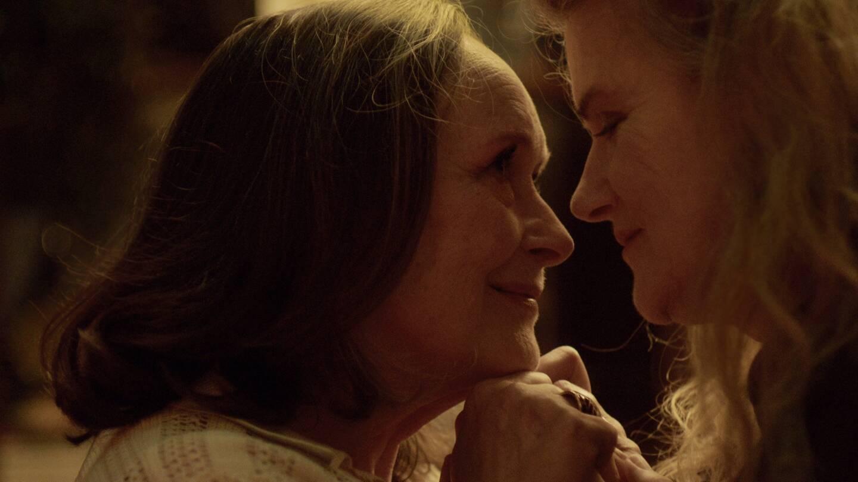 """Martine Chevallier et sa partenaire dans le film """"Deux"""", Barbara Sukowa, ont été nominées dans la catégorie """"meilleure actrice""""."""