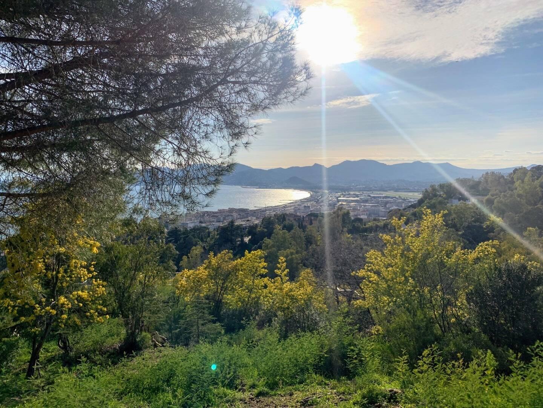 Cannes vue de la Croix-de-Gardes.
