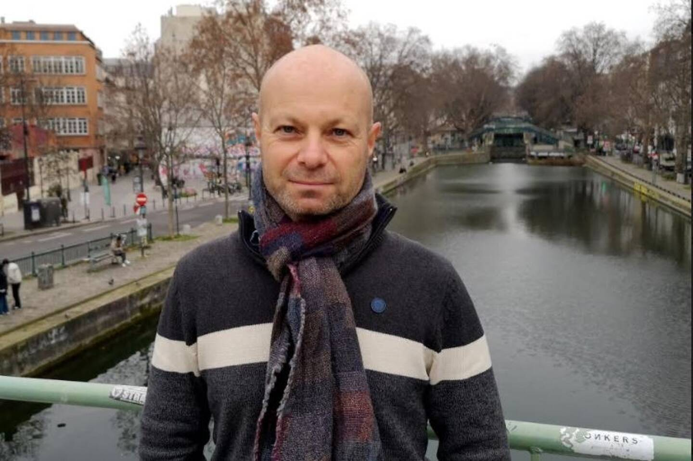 Le journaliste Olivier Razemon arpente les villes de France pour observer leurs transports, leurs urbanismes, leurs commerces.