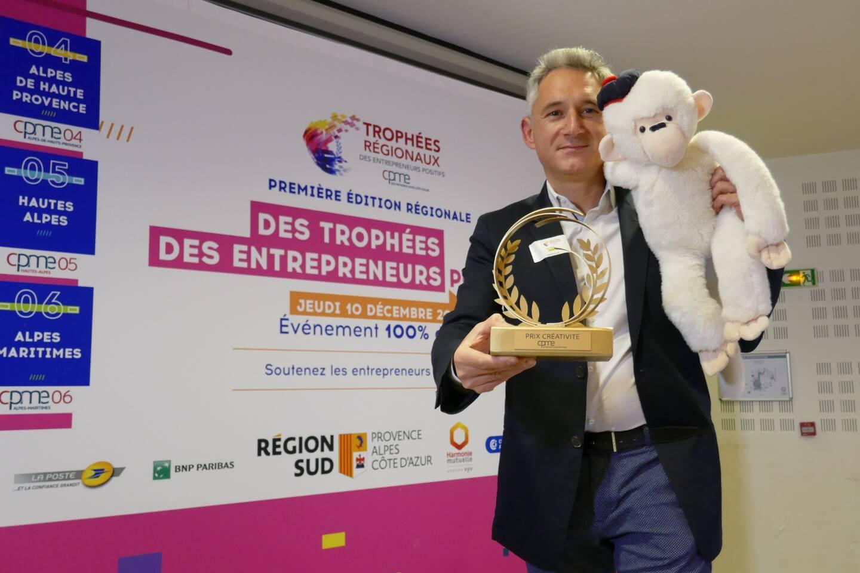 Eric Marin (et sa mascotte) a été récompensé du Prix de la créativité. Son entreprise Marin Malin, fondée en 2017 au Brusc propose des produits originaux et innovants pour les fans de plaisance.