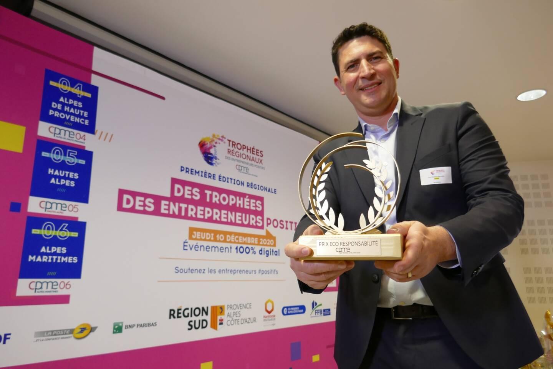 Jean-Baptiste Mathieu, cofondateur à Nice de goodeos.com, a reçu le Prix de l'Ecoresponsabilité.
