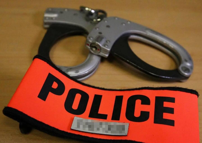 Vingt-deux commissaires à la retraite se confessent sur les affaires qui ont marqué leur vie de policiers.