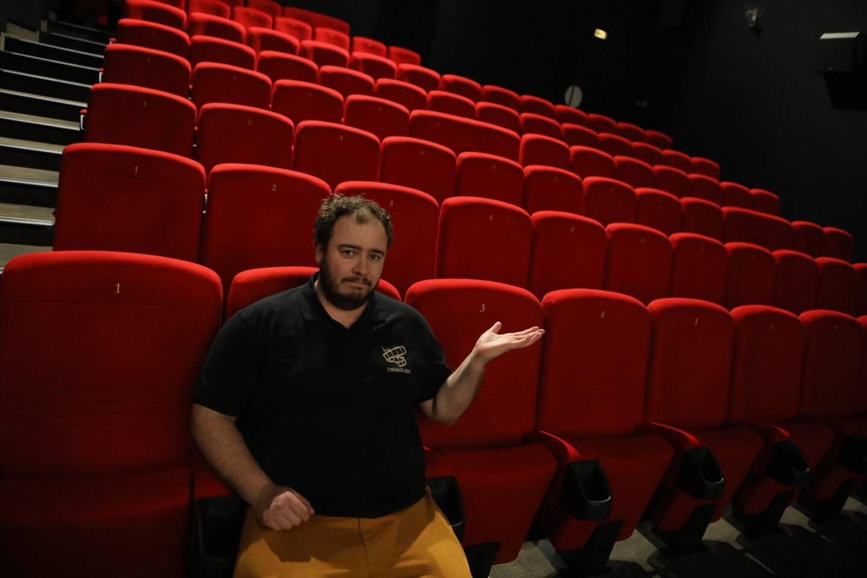 Retour sur une année très compliquée pour les cinémas Le Lido et Le Vox à St-Raphaël et Fréjus avec le directeur raphaëlois Olivier Belbeoc'h.