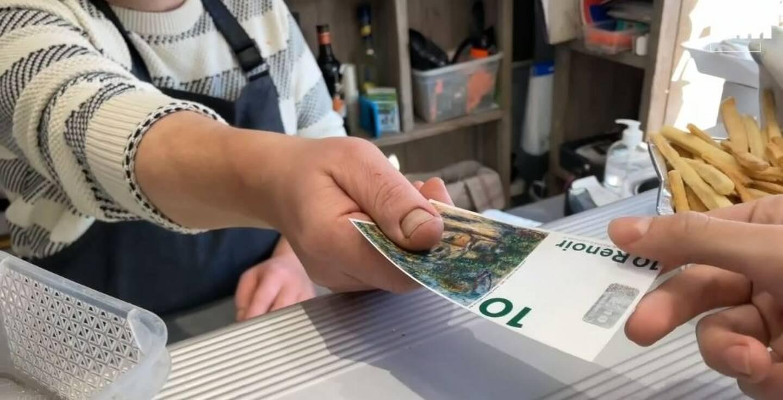 Complémentaire à l'euro, comme toutes les monnaies locales qui fleurissent un peu partout en France, le Renoir s'utilise dans les commerces de la commune.