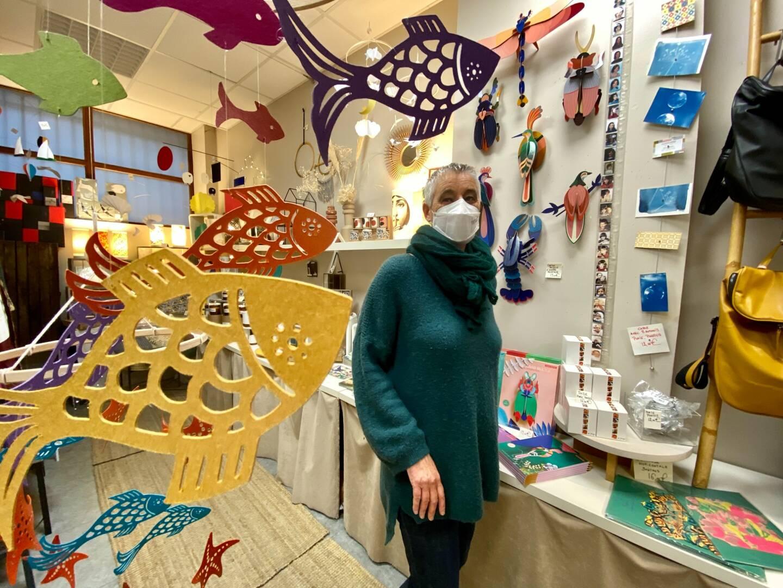 Sophie Metz, de la boutique 100 Mobiles apparents, place de la poissonnerie à Toulon.