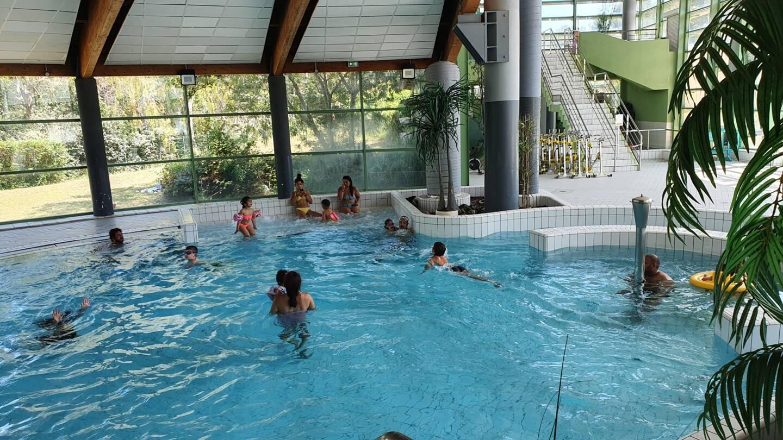 En début d'après-midi, près de 200 personnes étaient déjà venues profiter des bassins d'Aquasud.