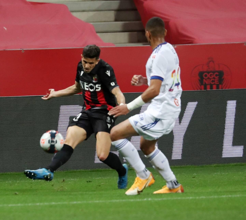 Menés dès la deuxième minute de jeu, ce dimanche soir à l'Allianz Riviera, les joueurs d'Adrian Ursea n'ont jamais su revenir dans le match et sont logiquement tombés face à des Alsaciens bien organisés (0-2).