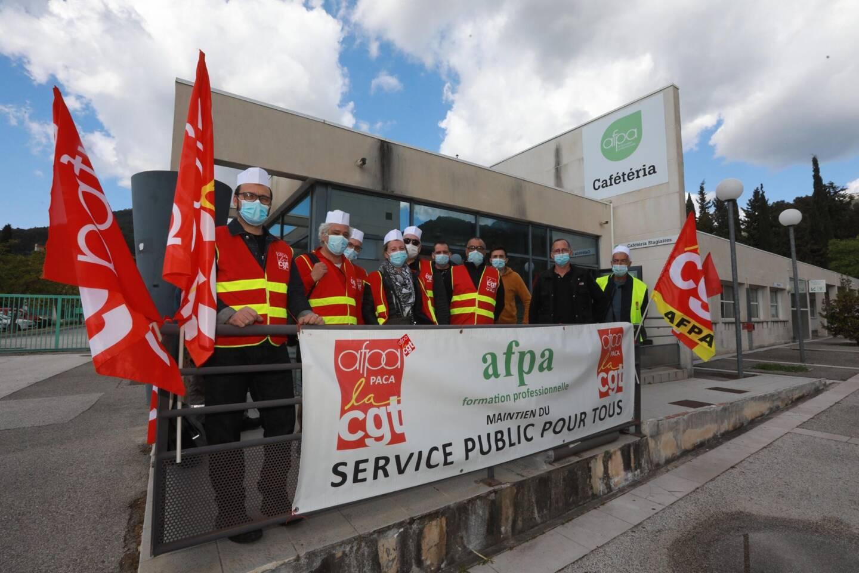 Les personnels de l'Afpa défendent leur restaurant interne.
